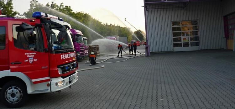 Einsatzübung bei Firma Gebhard Holzzentrum