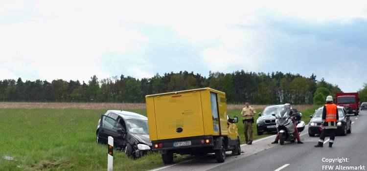 Einsatz 15 2017 Verkehrsunfall Beitragsbild