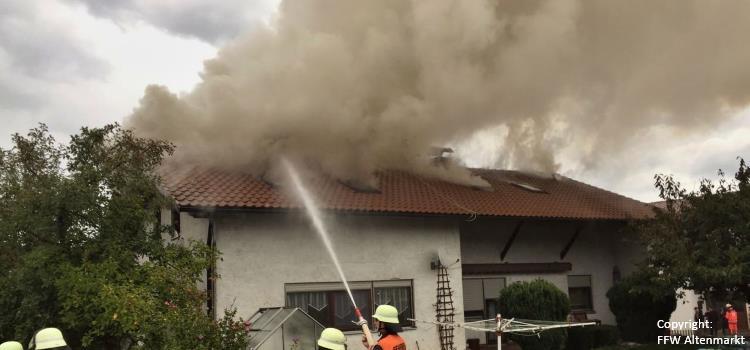 Einsatz 33 2017 Wohnhausbrand Ried am Pfahl Beitragsbild