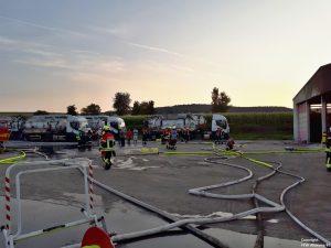 Einsatz 29 2018 LKW-Brand Recyclingbetrieb Obertraubenbach_4