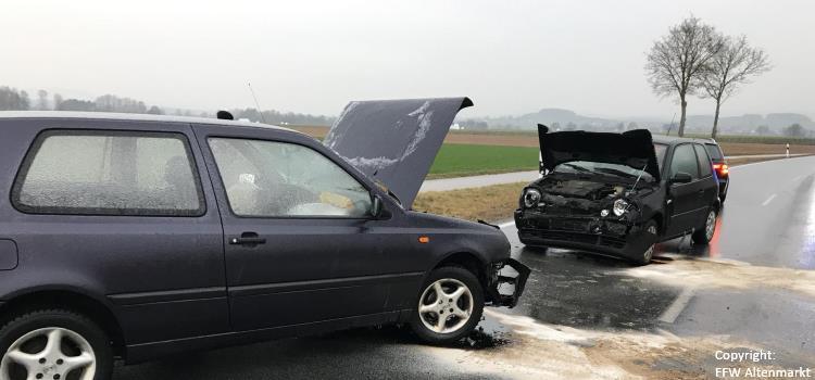 Einsatz 40 - 41 2018 Eisglätte Unfälle Beitragsbild