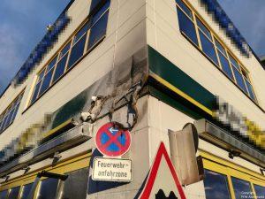Einsatz 54 2018 Brand Werbetafel Einkaufszentrum Rodinger Straße_2
