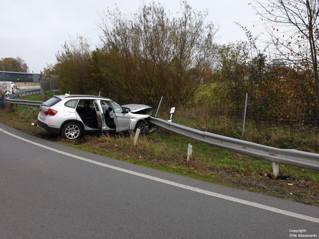 Einsatz 26 2019 Verkehrsunfall Auffahrt B85 Cham-West_2