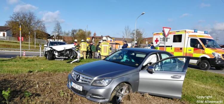 Einsatz 28 2019 Verkehrsunfall Scharlau_Beitragsbild