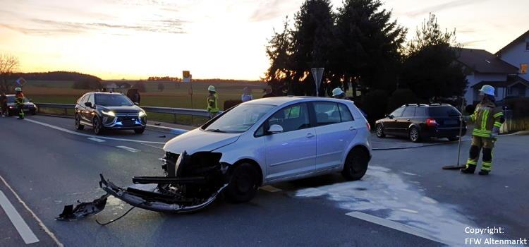Einsatz 15 2020 Verkehrsunfall B20 Höfen_Beitragsbild