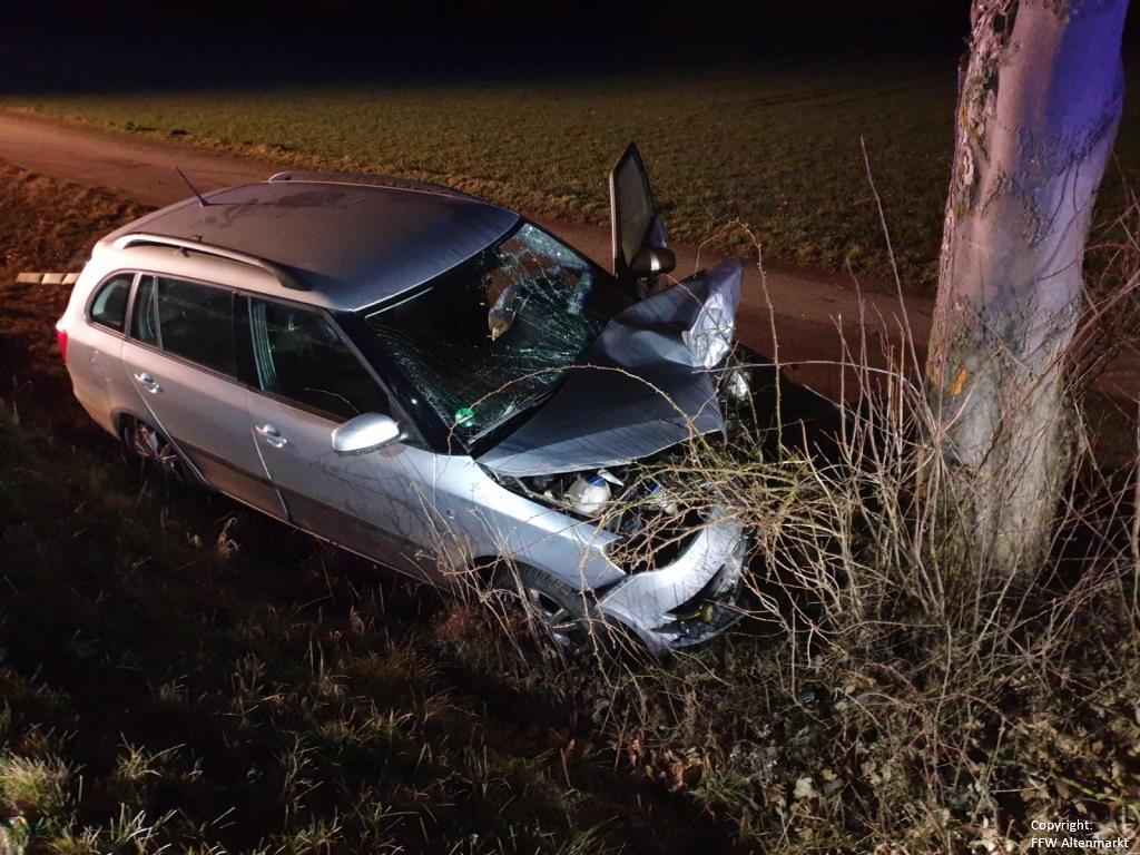 Einsatz 18 2020 Verkehrsunfall Wilfried-Ensinger-Straße_0
