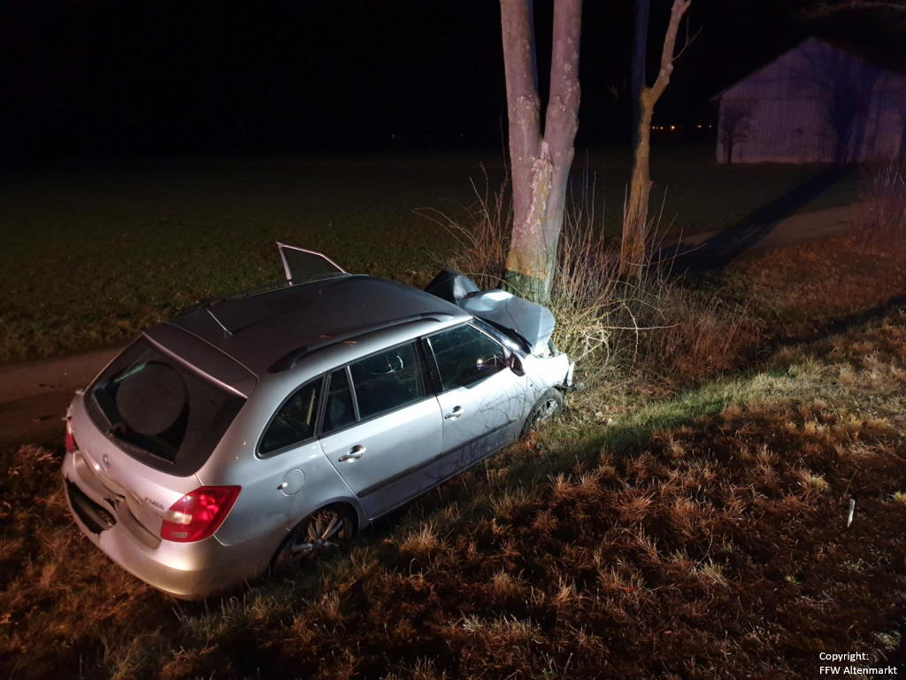 Einsatz 18 2020 Verkehrsunfall Wilfried-Ensinger-Straße_2