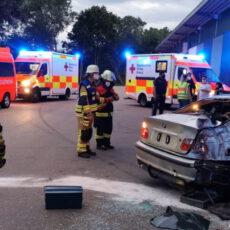 Einsatz 21 2021 Verkehrsunfall Parkplatz Rodinger Straße Beitragsbild