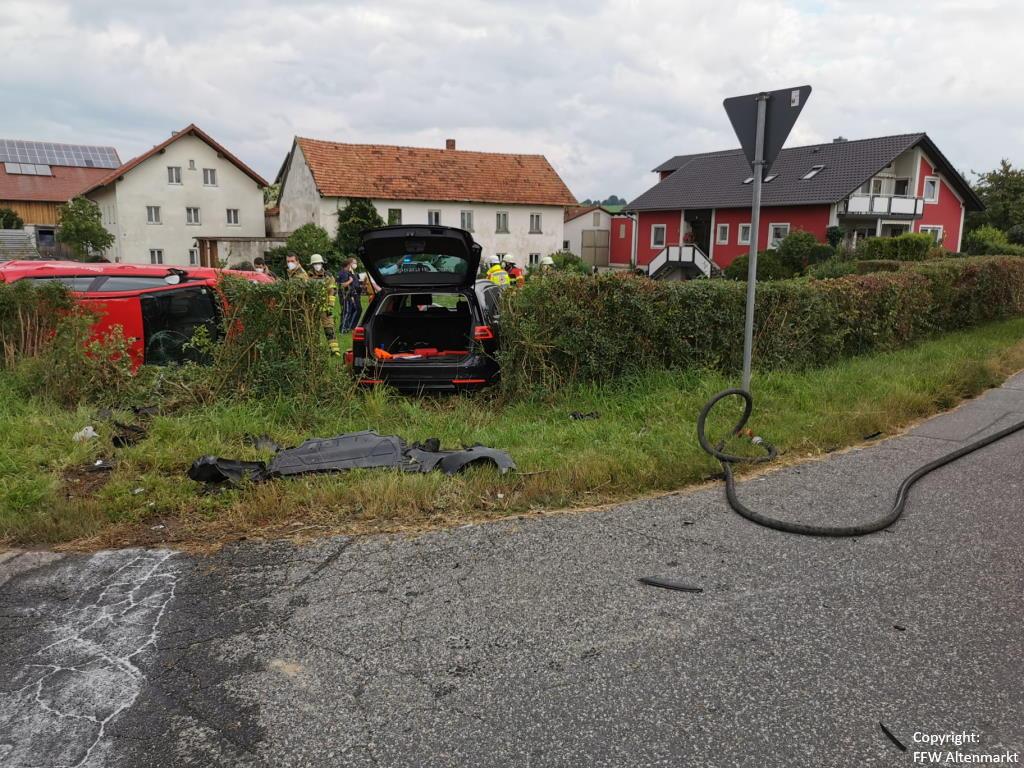 Einsatz 31 2021 Verkehrsunfall Scharlau (2)